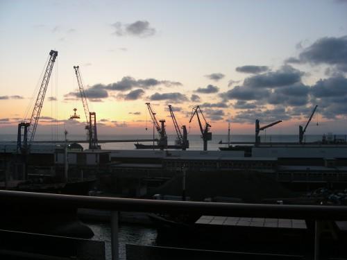 イタリア ローマ 港
